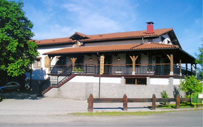 Vista exterior Casa Azkue