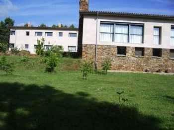Centro De Reposo Tres Azules en Cadalso (Cáceres)