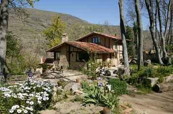 Casa Rural La Casa Del Bosque en Navaconcejo (Cáceres)