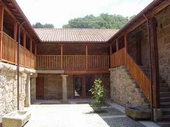 Casa Rectoral San Pedro em Muíños (Ourense)