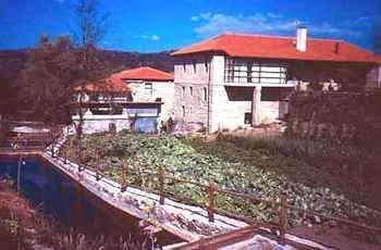 Caserio De Fontes in Nogueira de Ramuín (Ourense)