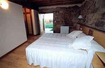 Vila Centellas en Coles (Ourense)
