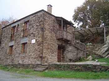 Casa De Amable en Navia de Suarna (Lugo)