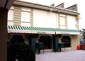 Hotel MadrileÑo in MAYORGA (Valladolid)