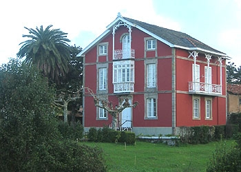 Casa Roja en CADAVEDO (Asturies)