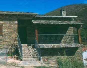 C.r. La Jurdana en Caminomorisco (Cáceres)
