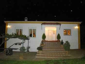 Casa La Romera in Herrera de Alcántara (Cáceres)