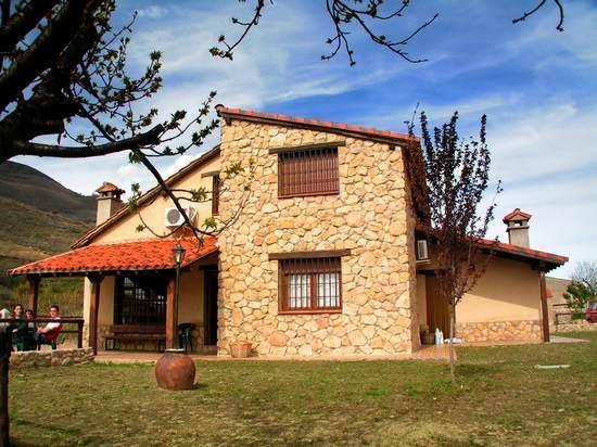 La Cañada Del Valle Del Jerte in Navaconcejo (Cáceres)