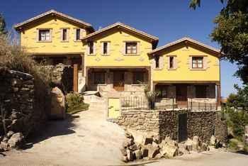 Apartamentos  Rurales Acebuche em Casas del Monte (Cáceres)